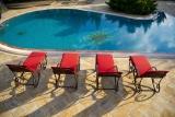 Quels sont les avantages des dalles de piscine?